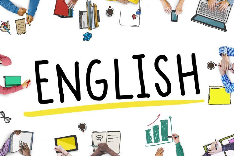 Devo aprender inglês para programar?